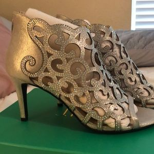 Brand New Sparkly Silver Heels